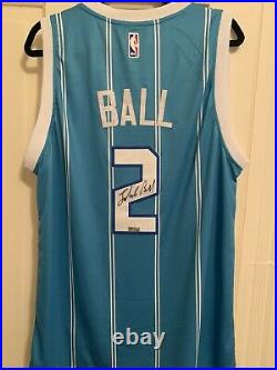 Lamelo Ball autographed jersey