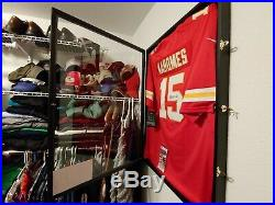 Patrick mahomes JSAcertified autograph Nike on the fied jersey with display case